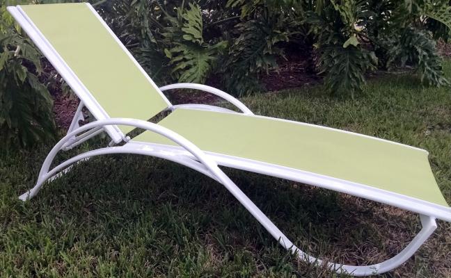 Garden Green Sling Chaise Lounge