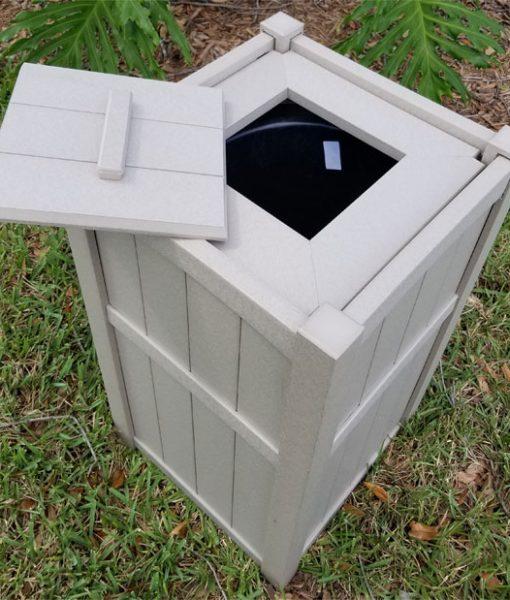 seaside-casual-trashcan