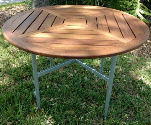 quantum-dining-table